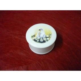 BOITE A BIJOUX RONDE DECOR COMMUNIANTE en porcelaine