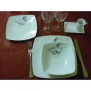 ASSIETTE CREUSE CARREE SAHARA DECOR OIES  en porcelaine
