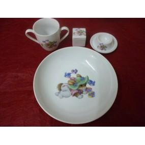 SERVICE 4 Pièces dont une assiette calotte Elysée 20,5cm LAPIN VERT n°5 en porcelaine