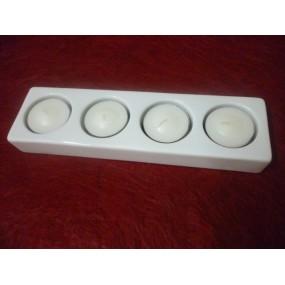 BOUGEOIR rectangulaire 4 feux avec bougies en porcelaine blanche