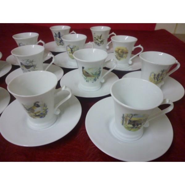 service a cafe regence 14 tasses 10cl avec soustasses en porcelaine d cor de chasse centre. Black Bedroom Furniture Sets. Home Design Ideas
