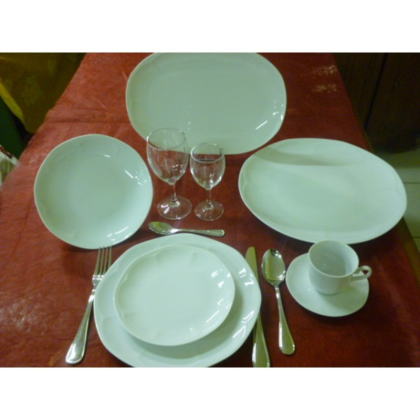 Service de table porcelaine blanche for Service de table solde