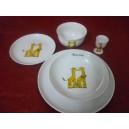 Service de table enfant 5 pièces décor GIRAFE 3 ASSIETTES + BOL EVASE + COQUETIER en porcelaine