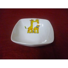 ASSIETTE CREUSE CARREE SAHARA DECOR GIRAFE en porcelaine