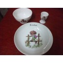 service 3 Pcs decor ENFANT SUR BARRIERE en porcelaine