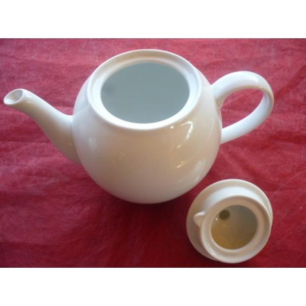 theiere moderna 1 5l en porcelaine blanche centre vaisselle sarl la porcelaine de christ le. Black Bedroom Furniture Sets. Home Design Ideas