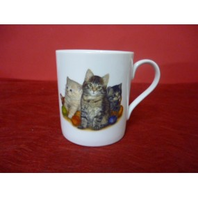 MUG EMPIRE 25cl decor chats en porcelaine  ( avec une anse fine)
