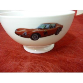 BOL TALON 55CL DECOR VOITURE FERRARI en porcelaine  diam 14 cm