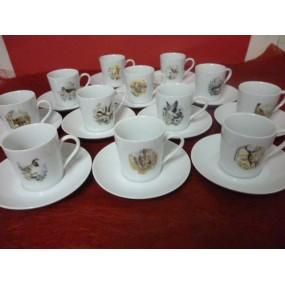 SERVICE A CAFE 12 tasses décor de Chasse modèle Empire 10cl avec soustasse en porcelaine