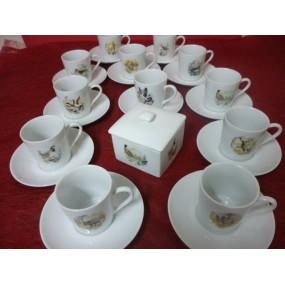 SERVICE A CAFE 12 tasses + sucrier décor de Chasse modèle Empire 10cl avec soustasse en porcelaine