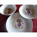 SERVICE 3 ASSIETTES  LEO décor poulbot fille PARME en porcelaine