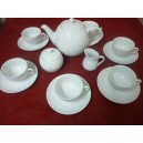 SERVICE A CAFE OU THE 6 TASSES  LOUVRE 21cl avec soustasses & LA THEIERE 1,5L et sucrier  et pot à lait en porcelaine blanche
