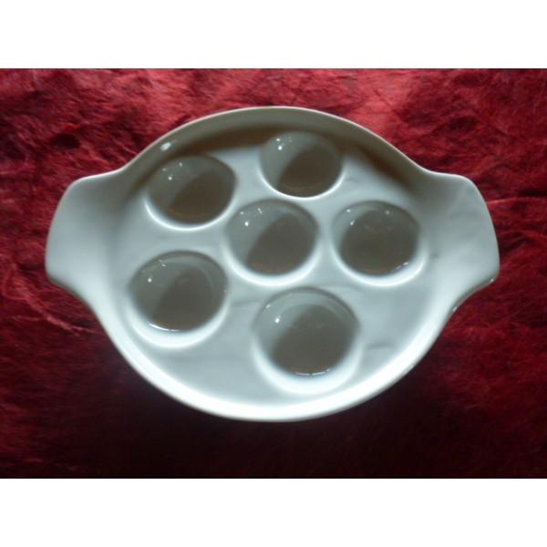 assiette a escargots 6 trous en porcelaine blanche centre vaisselle sarl la porcelaine de. Black Bedroom Furniture Sets. Home Design Ideas