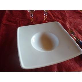 ASSIETTE carré A DEGUSTATION / RISOTTO en porcelaine blanche diam 24cm