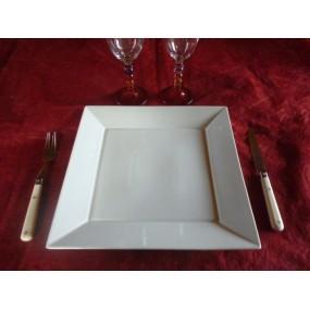ASSIETTE PLATE CARREE modèle JAPAN  27cm x 27cm en porcelaine blanche