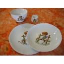 ENSEMBLE 4 Pièces JASTRA décor ENFANT sur la barrière en porcelaine