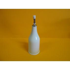 HUILLIER  / VINAIGRIER forme bouteille en porcelaine blanche