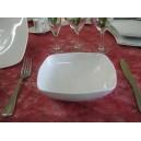 ASSIETTE CREUSE CARRE SAHARA en porcelaine blanche